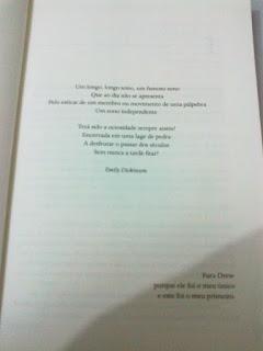 Página do livro Adormecida, de Anna Sheehan (LeYa)