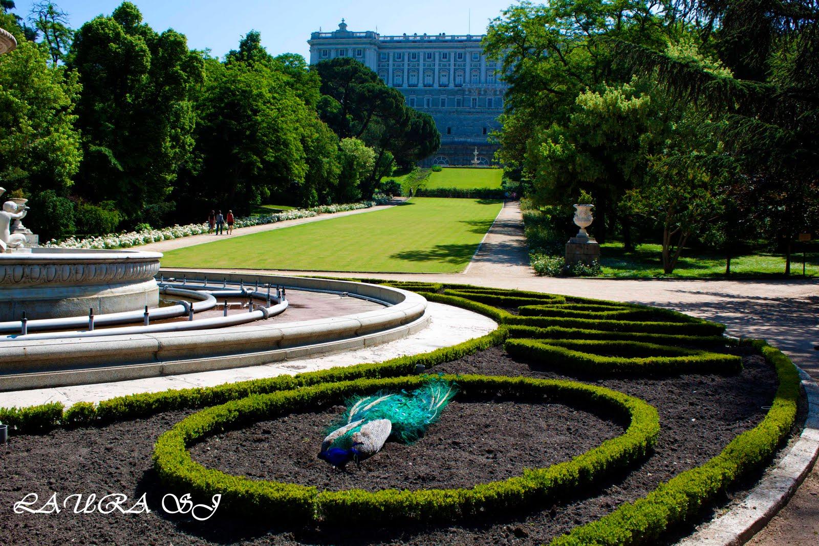 Jardin campo del moro madrid palacio real y fuente de - Jardines de madrid ...