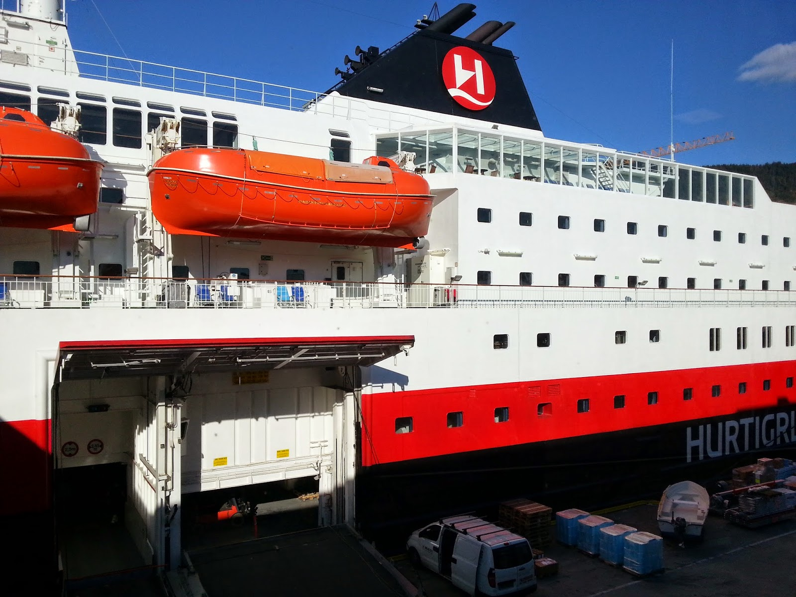 Hurtigruten MS Nordlys in Bergen