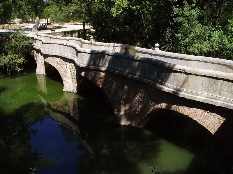 Puente de la culebra. Casa de Campo. Talleres y cursos en casa de campo en Madrid.