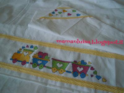 Mamanluisa lenzuolino con trenino for Punto croce trenino