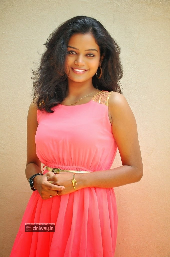 Actress-Maheswari-photos