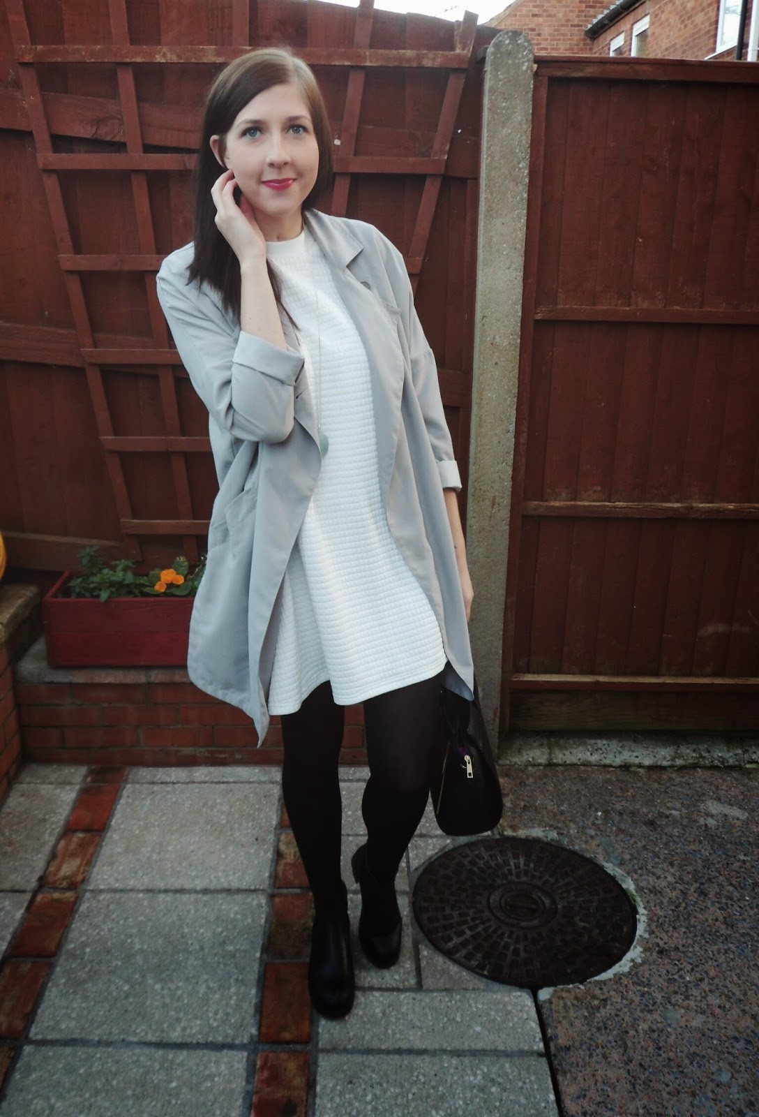 asseenonme, autumn/winter, black, fashionbloggers, fblogger, fbloggers, grayscale, grey, lookoftheday, lotd, ootd, outfitoftheday, primark, topshop, whatimwearing, white, winter, winterfashion, wiw,