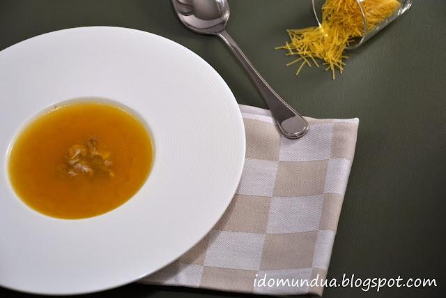 Sopa de pollo rápida