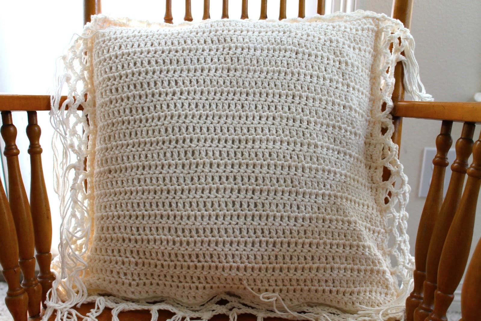 Sans Limites Crochet  Net Border Pillow Case Cover