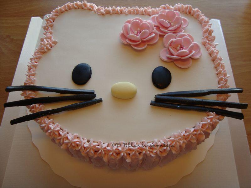 Ullan leipomuksia Lasten kakkuja menneiltä vuosilta