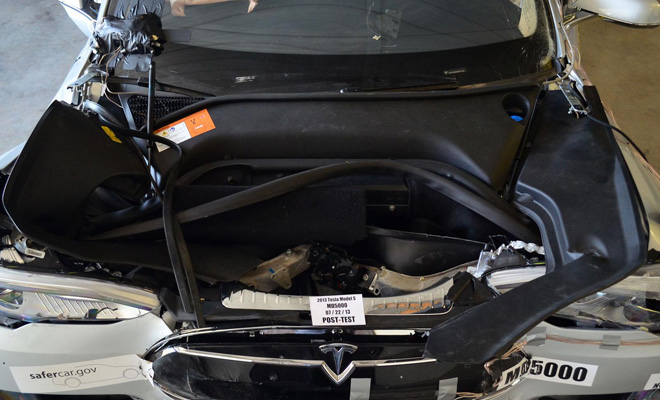 Tesla Model S crash test under the bonnet