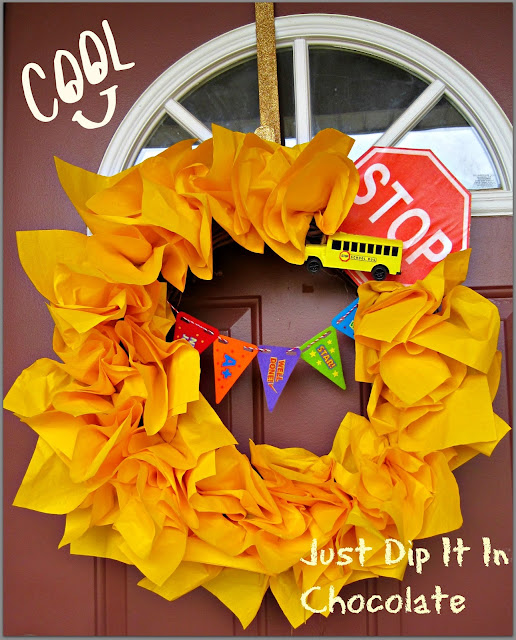 Back to School Bus Stop Paper Napkin Wreath, make your little one back to school season exciting with his/her own Bus Stop Wreath for only 3 dollars!