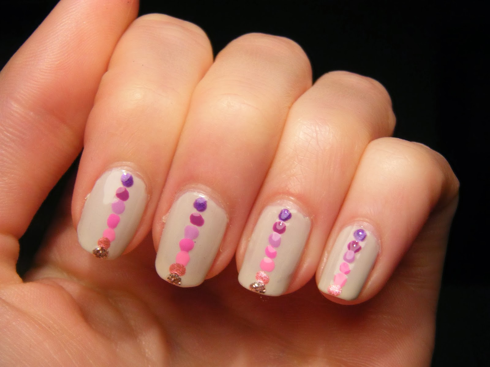 GOT, pink, purple, dots, gradient, models own, linziino