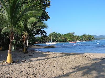Playa blanca en Puerto Viejo de Talamanca, Costa Rica, vuelta al mundo, round the world, La vuelta al mundo de Asun y Ricardo, mundoporlibre.com