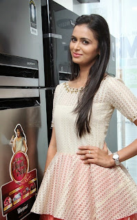 Actress Meenakshi Dixit Latest Pictures at Yes Mart Launch  23.jpg