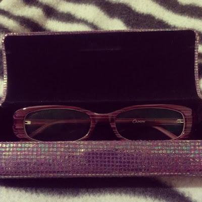 Davina purple glasses case open KatSick