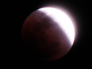 Koleksi foto dan gambar Gerhana Bulan Total 16 Juni 2011