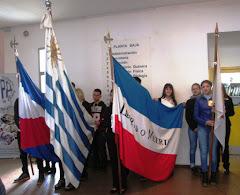 Dos estudiantes de FPB Audiovisual fueron abanderadas en el acto del 19 de junio.