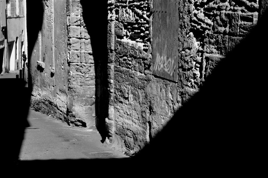 2 L'imaginaire des pierres - Rue Nicolaï - Arles