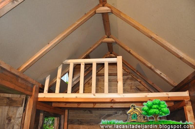 D a 23 el altillo la casita del jard n construcci n - Altillo de madera ...