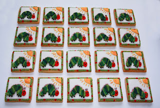 20 Hungry Caterpillar biscuits