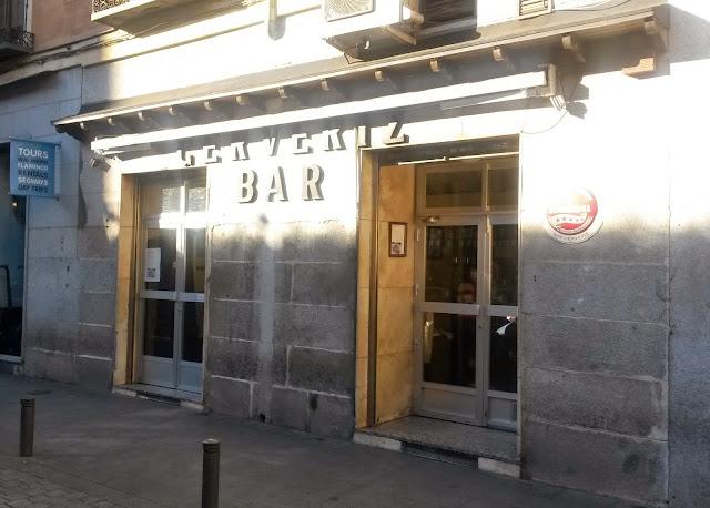 Fachada del Bar Cerveriz