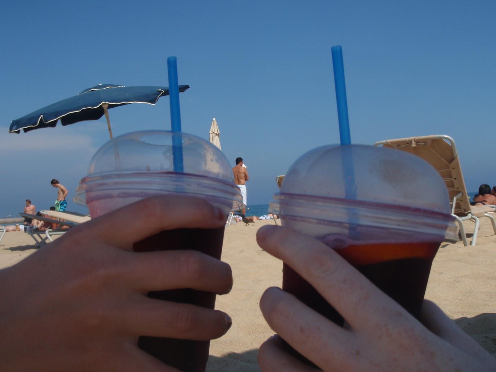 sangria beach barcelona