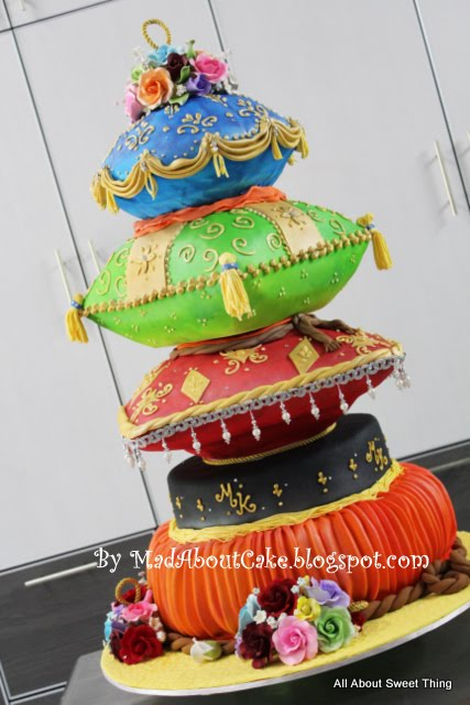 Mad about cake pillow wedding cake arabian nite theme cake for Arabian cake decoration