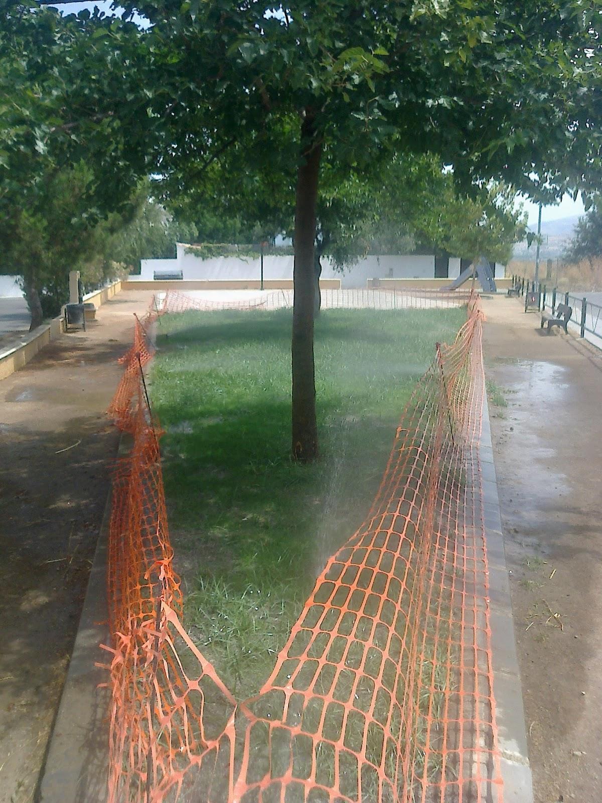 Parques y jardines de ogijares parque pedrizas arreglo y for Remodelacion de jardines