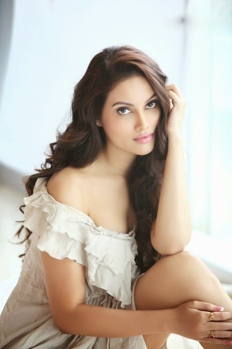 Nikki Das Photoshoot Stills
