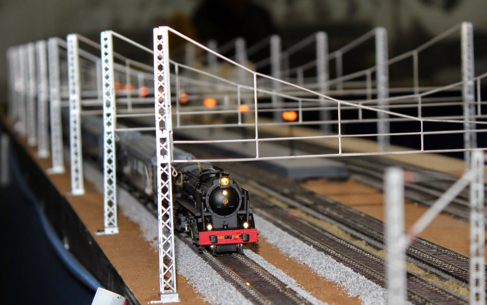 Maquetas de trenes en miniatura. Estación de la Poveda. Arganda del Rey