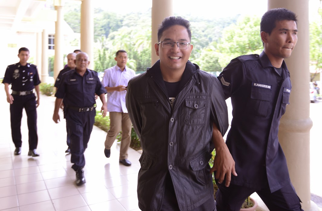 Rakyat Malaysia terpaksa lari ke luar negara untuk dapatkan keadilan