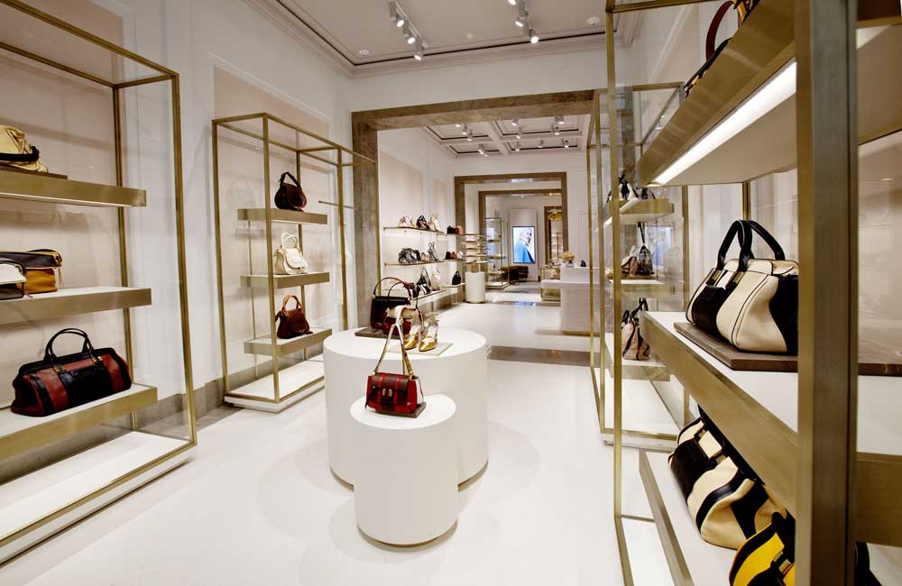It will be the first Chloé boutique in the US to feature the new retail  concept recently unveiled in their new flagship location at 253 rue Saint  Honoré in ... ff6b75adb