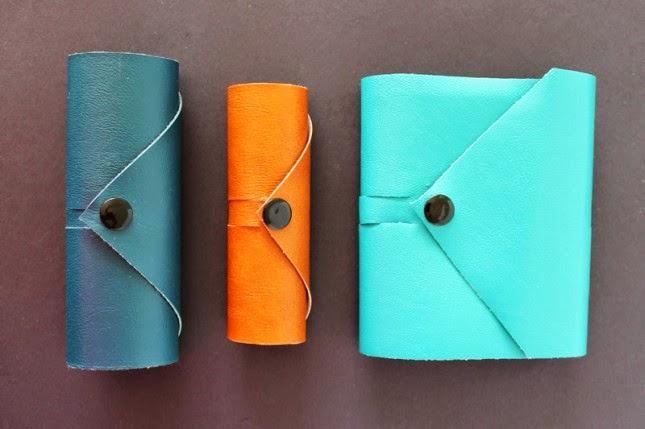 Kerajinan Tangan Membuat Dompet untuk Kabel Tablet dan Hp