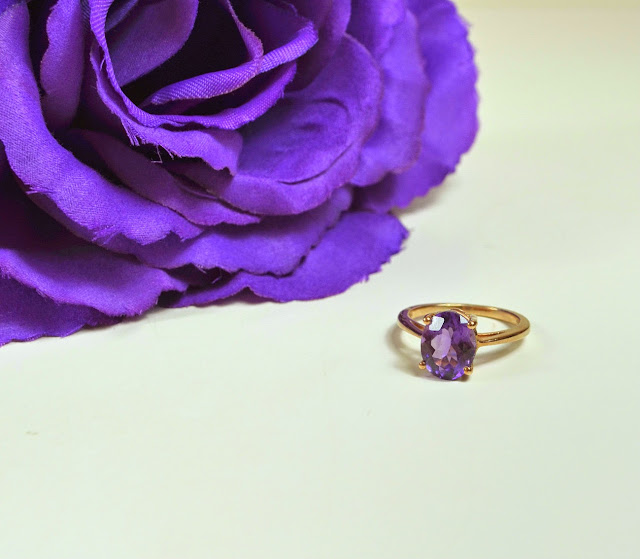 Jewellery - Candle - Candles - Ring - Rose Gold - Amethyst - Jewels - Gifts - Review - Bounty Candle - Jewellery Candle