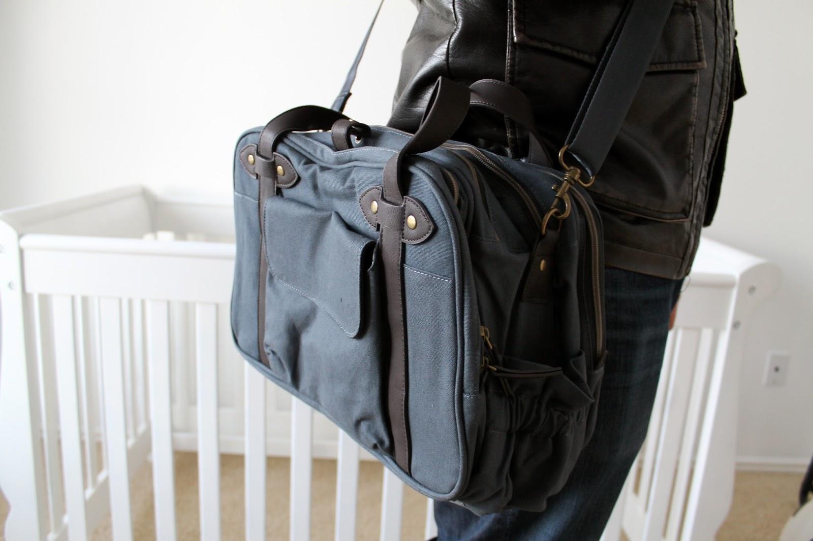 the best diaper lifestyle bag ever giveaway chris. Black Bedroom Furniture Sets. Home Design Ideas