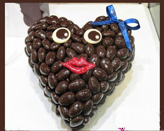 Happy-Chocolate-day-images-for-whatsapp