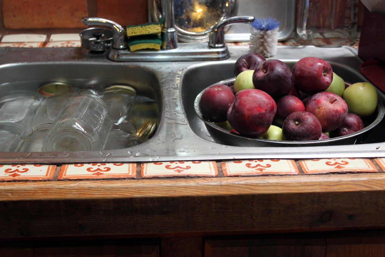 Mandala Gardens October 2012 Orina S Apple Juice Factory