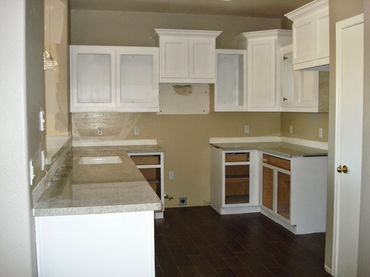 upper kitchen cabinets level or varied height sunday april 12 2015 - Upper Kitchen Cabinets