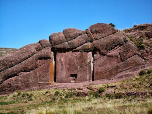 Portal dos Deuses no Peru