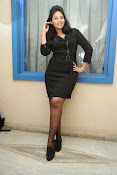 Anjali Glamourous Photos at Pranam Kosam audio-thumbnail-18