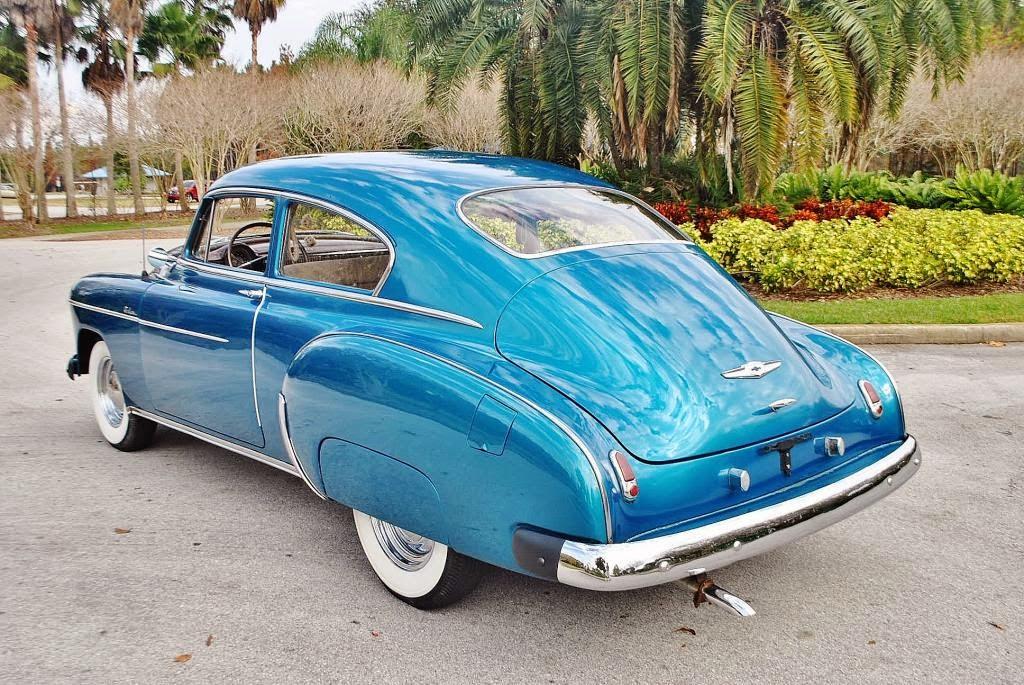 1949 chevy deluxe 2 autos post for 1949 chevy 4 door deluxe