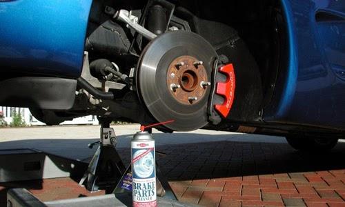 Tips dan Cara Mudah Bersihkan Rem Mobil