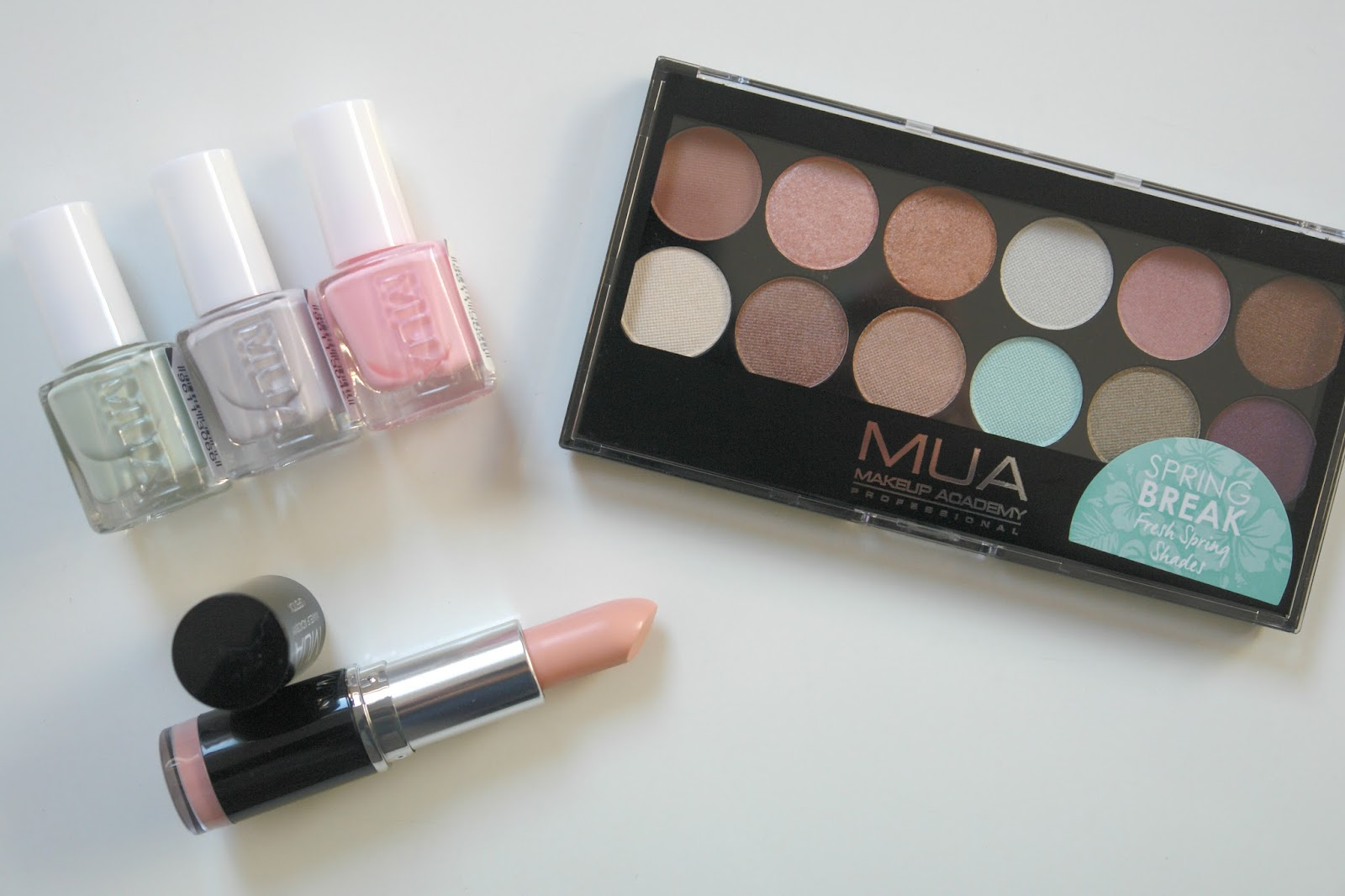 MUA Spring 2015 collection, Spring Break palette,MUA, spring, 2015, eye shadows, palette, make up, beauty, review, nail polish, lipstick, Spearmint, Posy, Lavender, Barely There, lipstick