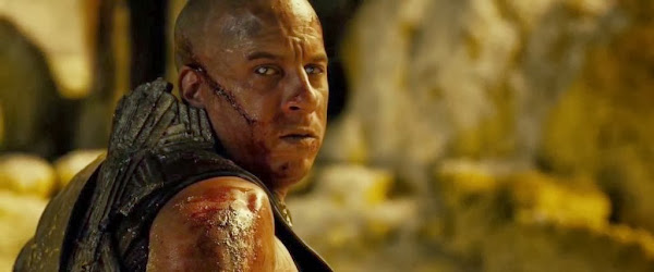 Screen Shot Of Hollywood Movie Riddick (2013) In English Full Movie Free Download And Watch Online At Downloadingzoo.Com