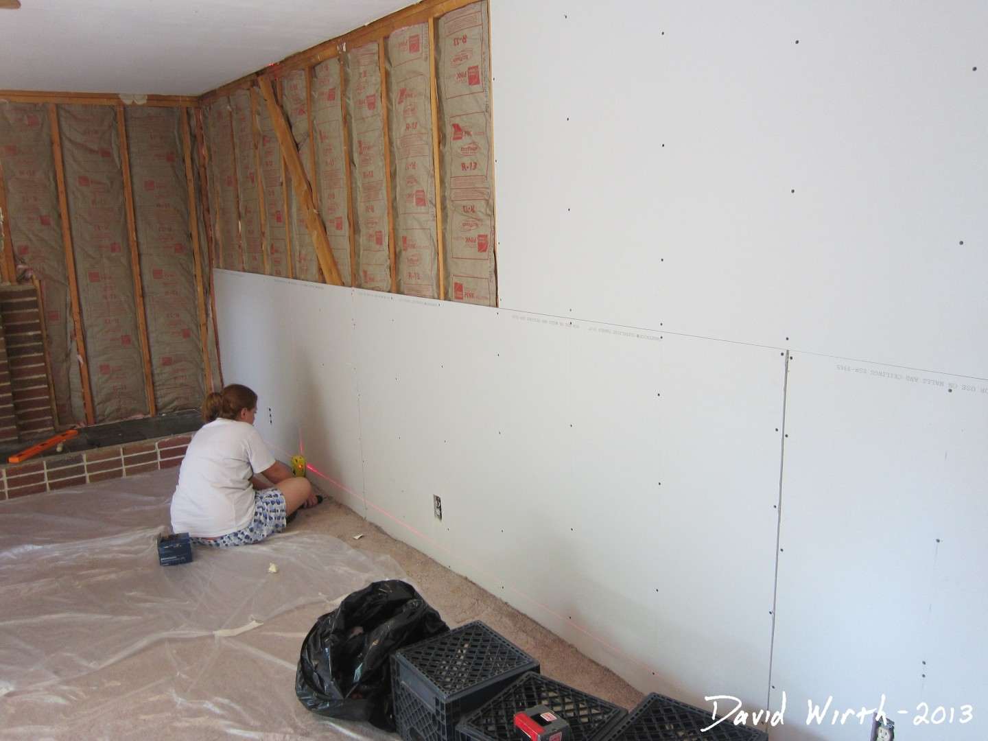 Alternative to crown molding - How To Hang Drywall Drywall Laser Level Stud Finder