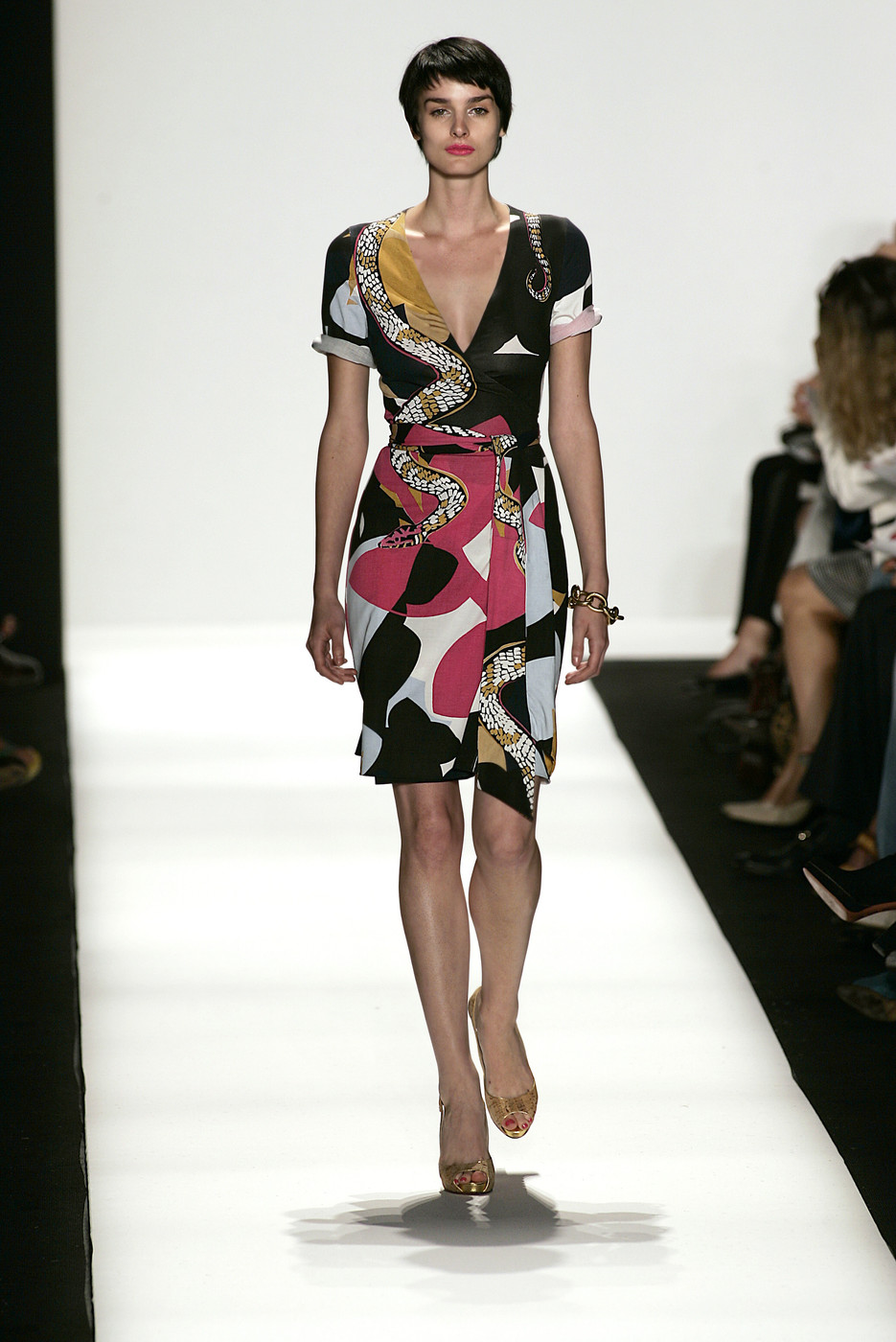 via fashioned by love | Diane von Furstenberg wrap-dress Spring/Summer 2007