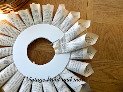 Book Page Wreath Tutorial - starting second row