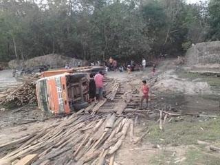 Dua Tahun Berkuasa, Membangun Dari Desa Belum Terbukti