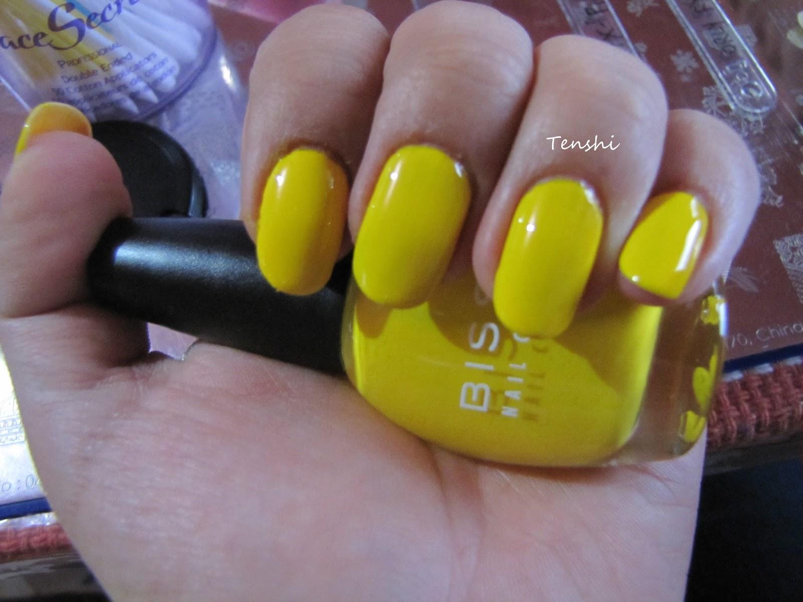 Nails by Tenshi: 31 días de uñas: Día 3, uñas amarillas