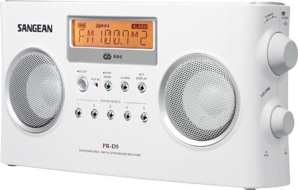 Портативный радиоприемник Sangean PR-D5 White универсальный приемник обладающий качеством звука настольного аппарата
