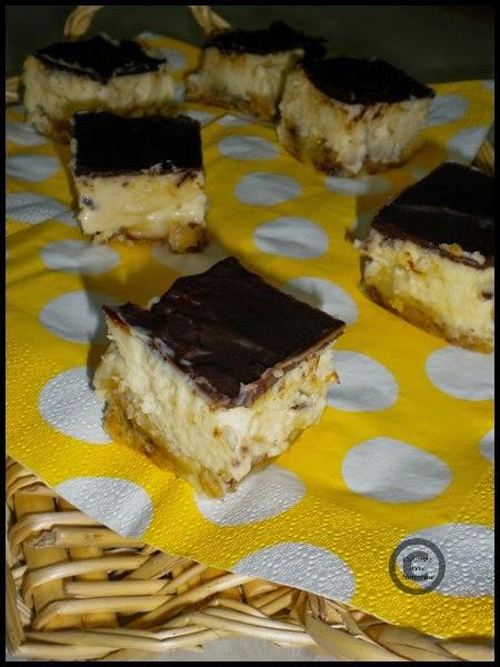Carrés de cheesecake aux 3 chocolats