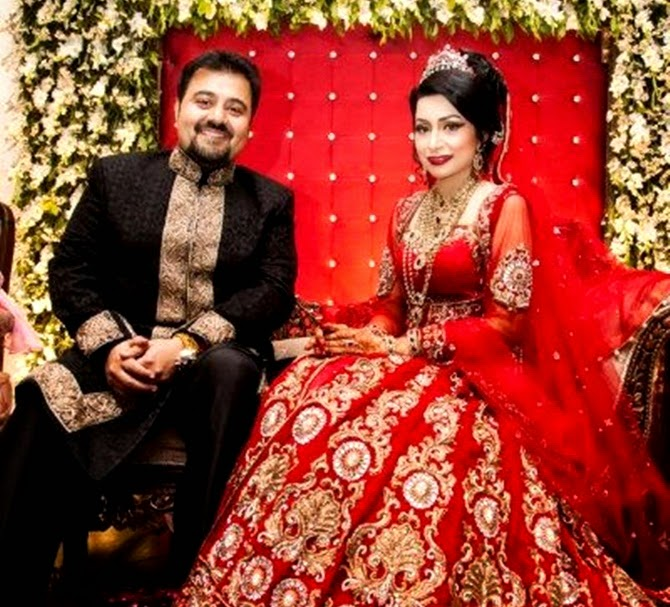 Pakistans Famous Singer Actor And Host Finally Going To Be Wed With UK Based Girl Friend Fatima Khan He Is Grandson Of Leading Personality