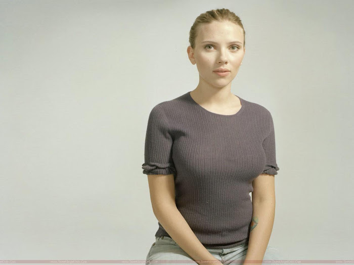 Scarlett Johansson HD Wallpaper -07